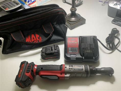 MAC Tools BRS038 12V Max 3 8 Cordless Ratchet with Battery and 12v Cha