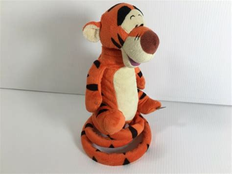 TIGGER Disney Winnie the Pooh Talking Bouncing Dancing Electronic Plus